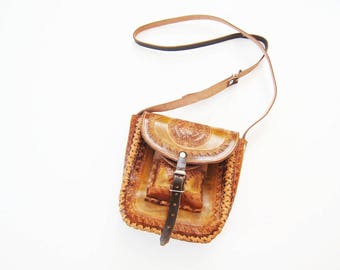 Tooled Leather Purse / Mexican Leather Bag / Tooled Crossbody Purse / Mexico Purse / Bohemian Purse / Vintage Brown Leather Bag /