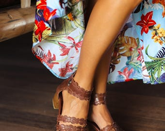 SEASIDE. Brown leather sandals / women shoes / block heels sandals / leather sandals bohemian. Sizes 35-43. Available in different colors