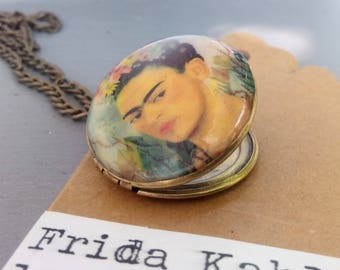 Brass photo locket necklace - vintage style - Frida Kahlo