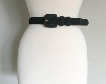 Vintage BLACK SUEDE BELT/size Medium/28 inch Waist