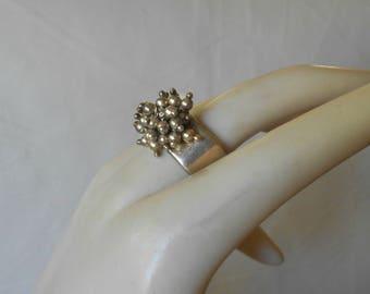 Vintage Sterling Ring Cluster Bead Bubbles 925 silver Size 7.25 - 7.5 MargsMostlyVintage