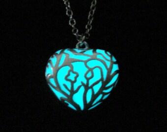 White Heart Necklace Glow In The Dark Pendant Silver (glows aqua blue)
