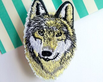 Fabric patch sew on Wolf wild animal dog iron on Patchgame