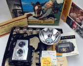 Kodak Brownie Starflex outfit. Includes camera, flash original box and more!