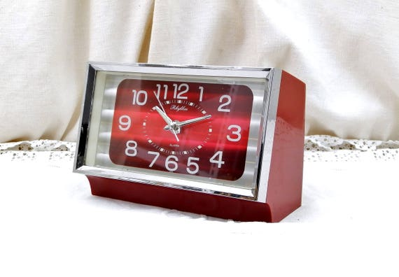 Vintage Working Mid Century 1960s Chrome and Red Metallic Mechanical Rhythm Wind Up Alarm Clock Made in Japan, Japanese Rectangular Clock