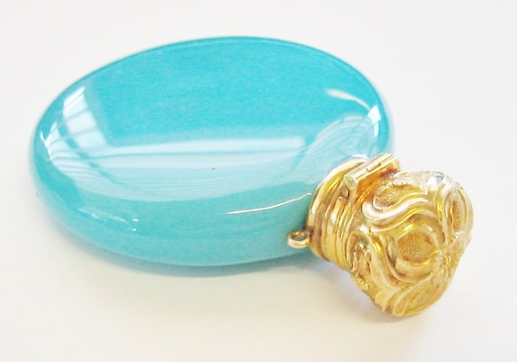Antique.....14K Solid Yellow Gold and Blue Glass Perfume Bottle, W/Stopper. SUPER RARE !