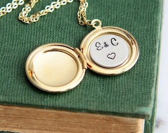 Locket Necklace, Personalized Necklace, Initial Locket Necklace, Silver Gold Locket Pendant, Personalized Jewelry, Valentines Gift for Her