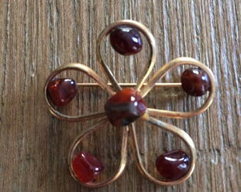 Vintage Red Stone Brooch / Pin