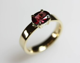 Rhodolite Garnet & Yellow Gold Engagement/Birthstone/Everyday Ring