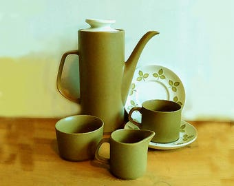 Mid century modern tea set . Coffee set of six . Mid century tea set . Olive green 15 piece set . Retro kitchen . J & G Meakin Maidstone