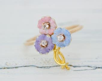 Antique Flower Ring | Art Nouveau Ring | Boho Floral Ring | Stick Pin Ring | Formal 14k Yellow Gold Ring | Pastel Jewelry | Size 5.75