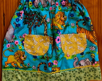 Kids cotton skirt - size7 upcycled summer skirt - pocket skirt - rickrack trim - retro fabric - elephants  - apples - eco girl - eco kids