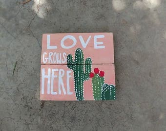 Cactus Bloom Wall Decor, Love Grows Here, Cactus Wood Pallet Sign, Cactus Decor, Cactus Wooden Sign