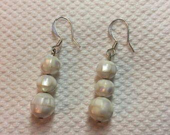 Earrings white pearls and Pearl