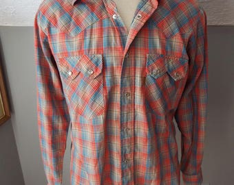 Vintage Long Sleeve Button Down Western Snap Shirt by Levis