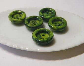 5 Lovely Spring Green Buttons Vintage Casein