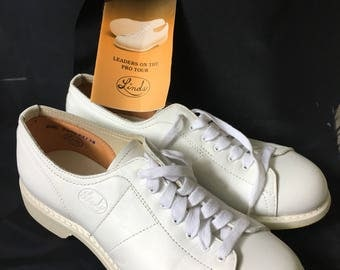 Vintage Linds Ladies Classic Women's Professional Bowling Shoes White Genuine Top Grain Leather, Size 61/2B