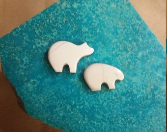 40% OFF White Magnesite Bear Cabochon Pair/ backed
