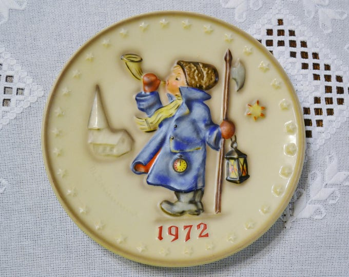 Vintage Hummel Christmas Plate 1972 Collector Plate Winter Holiday Decor West Germany PanchosPorch