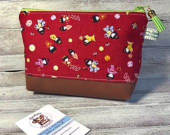 Cosmetic bag with