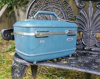 Vintage American Tourister Teal Blue Train Case with Adjustable Mirror