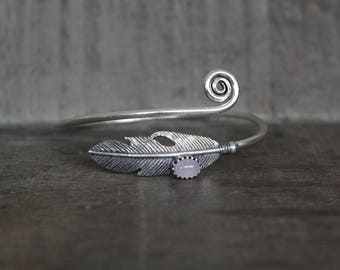 Feather Bangle Bracelet with Rose Quartz Stone - Silver Plated