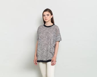 Print T Shirt , Oversized Shirt , Women Tunic Top , Short Sleeve Blouse