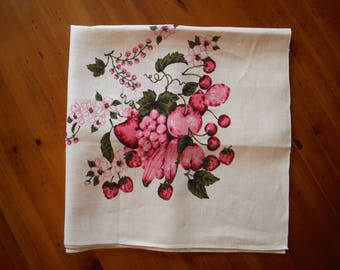 Vintage 1950's Pink & Red Fruit Tablecloth - Mid Century Fruit Cream Linen - Like New Tablecloth - Vintage 1950's Food Print Table Linen