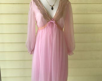 Pegnoir Set Gown & Robe/Al Sterling for Lissette/Small/Orchid Pink Ecru Lace/Empire Waist/1960s/Negligee/Chiffon/Honeymoon/Marilyn Monroe