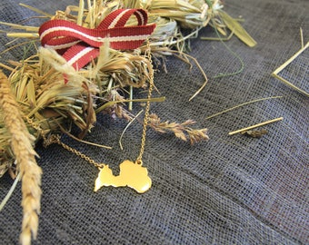 Gilded necklace with pendant of Latvian contour