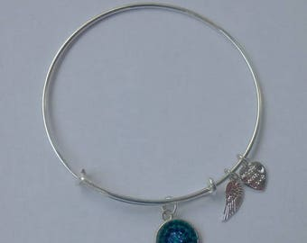 AA1032B  Green and Blue Pave Crystal Adjustable Wire Bracelet w Small Angel Wing & Heart Charms ~ Silver Plated