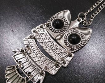 Silver owl with link body on a silver long chain