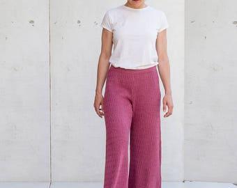 Pantalón de lana merino en color rosa (antes 159 euros)