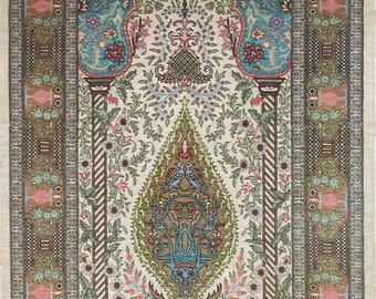 Very fine Turkish Hereke rug %100 Silk 2'3''x3'5'' ~ 625 kpsi