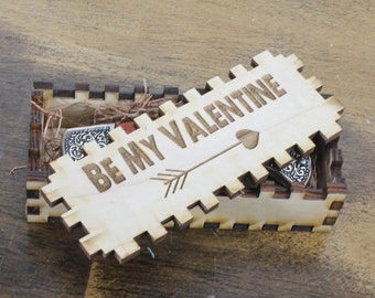 Hunting Knife/Engraved/Cupid's Arrow/Valentine's Gift/Wedding/Rosewood/Personalized/Pocket Knife/Engraving/Male Gift/Fast Shipping