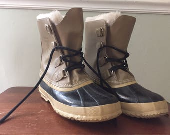 vintage sorel eskimo / duck boots, made in canada, women's size 8