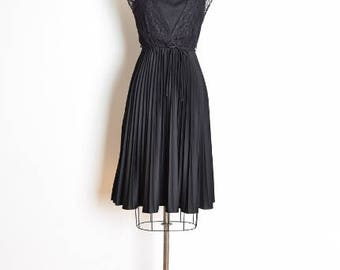 vintage 70s dress, 70s sun dress, black dress, pleated dress, lace dress, 70s clothing, midi dress, goth dress, hippie dress, XS S