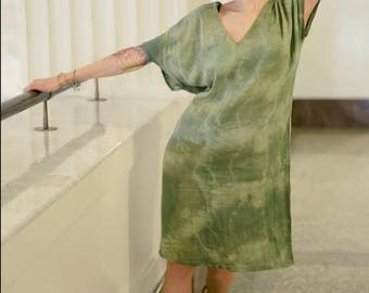Organic Cotton Shift Dress in moss green. Handdyed & handmwear, Mod dress, summer dress, mod dress beachwear