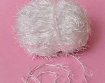 Eyelash yarn, polyester yarn, fun yarn, soft yarn, fancy yarn, decorative yarn, white yarn
