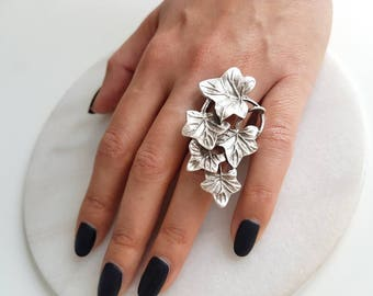 Ivy Ring//Silver plated ring/turkish jewelry/leaf/ivy/Nature