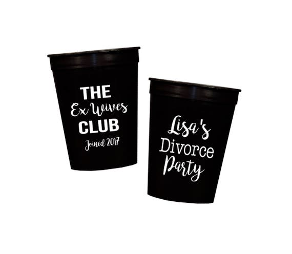 Divorce party cups, divorce party favor, ex wives club, personalized plastic cups, custom stadium cups, monogrammed plastic cups