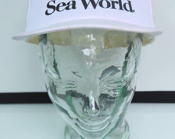 Vintage Sea World Trucker Snapback Hat Cap