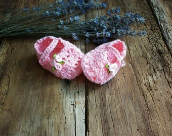 Pink cotton baby booties, knitted baby shoes, crochet baby booties, newborn girl cute booties, knitted baby clothes
