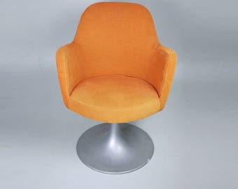 EASY CHAIR Round Shape // Vintage Orange Minimalist Chair // Soft Padded Mid-Century Mad men