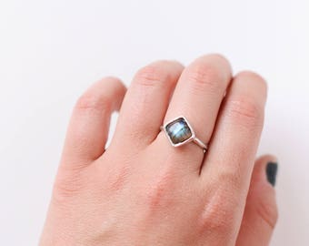 Labradorite ring in size 8 US (57mm )