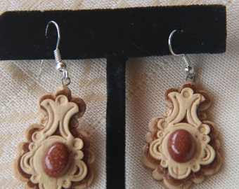 Birch bark earrings with semi-precious stone from Ural Mountains .