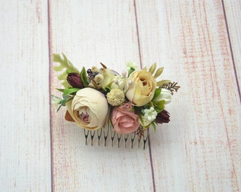 Barn wedding hair accessories Bridal comb Wedding flower comb Bridesmaid hair Floral comb Fairy hair flowers Boho wedding comb Hair comb
