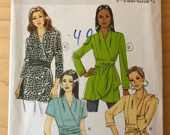 Butterick B5785 - Easy Semi Fitted Wrap Front Top or Tunic and Sash - Size 16 18 20 22 24
