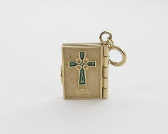 14K Yellow Gold Irish Prayer Book Charm Pendant Opens