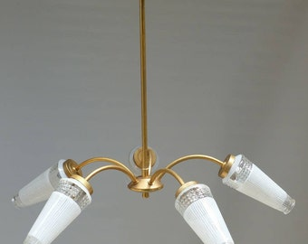 Vintage chandelier lighting with 5 arms. Brass plated metal and glass chandelier from the fifties.